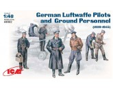 German Luftwaffe Pilots and ground pers.